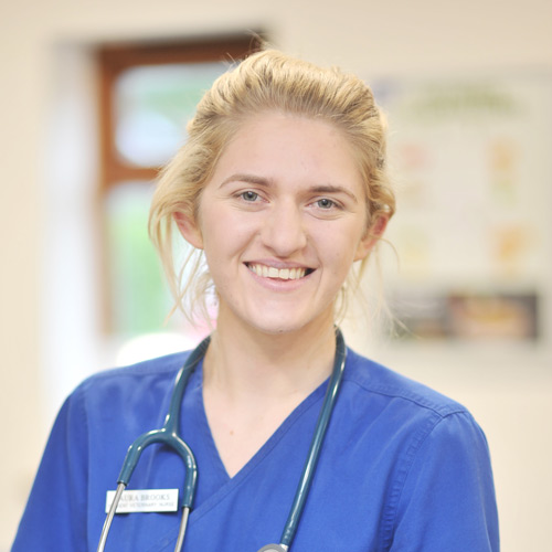 heathside-vets-vet-in-southampton-team-staff-laura-brooks
